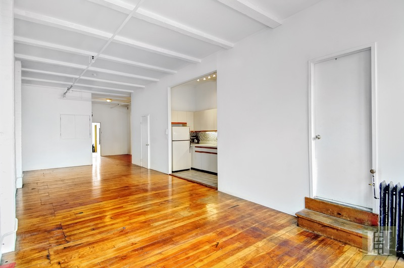 49 East 1st Street, East Village, NYC, $4,100, Web #: 10631317