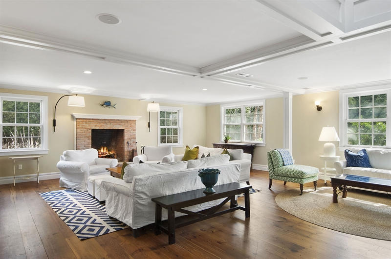 8 Holly Way, Amagansett, NY, 11930, $4,100,000, Property For Sale, Halstead Real Estate, Photo 3