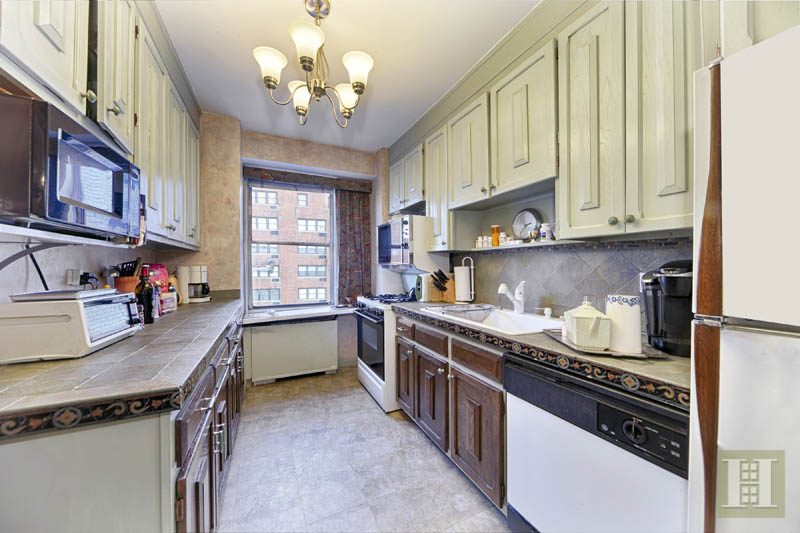303 East 57th Street 8j, Midtown East, NYC, 10022, $610,000, Sold Property, Halstead Real Estate, Photo 3