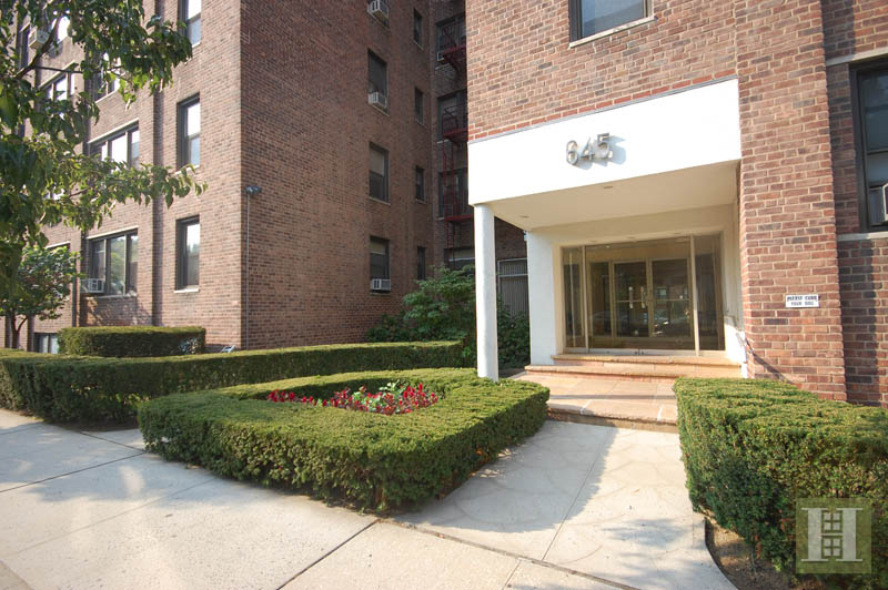 645 West 239th Street 3f, Riverdale, New York, 10463, $375,000, Sold Property, Halstead Real Estate
