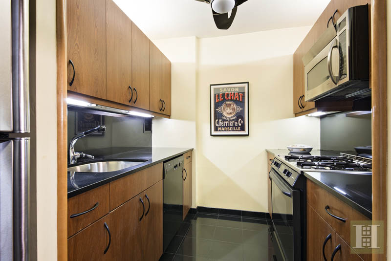111 East 30th Street 4a, Murray Hill Kips Bay, NYC, 10016, $1,495,000, Sold Property, Halstead Real Estate, Photo 3