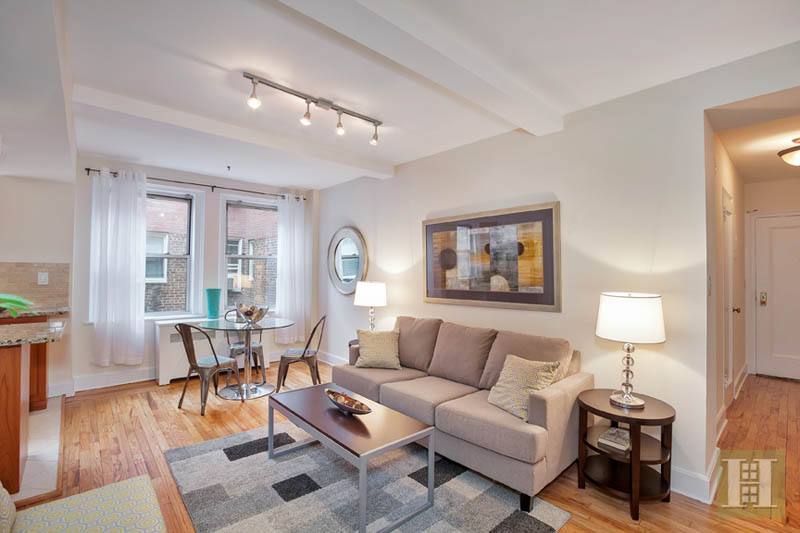 333 East 43rd Street 916, Midtown East, NYC, 10017, $530,000, Sold Property, Halstead Real Estate, Photo 3