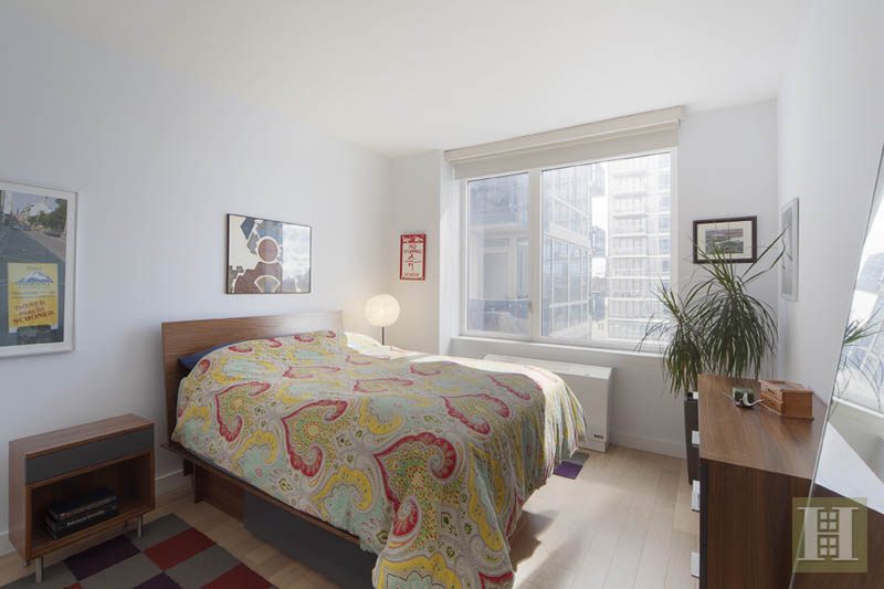 22 North 6th Street 14a, Williamsburg, Brooklyn, NY, 11249, $1,085,000, Sold Property, Halstead Real Estate, Photo 3