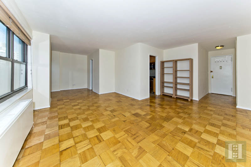 140 West End Avenue 9D, Upper West Side, NYC, $500,000, Web #: 13299975