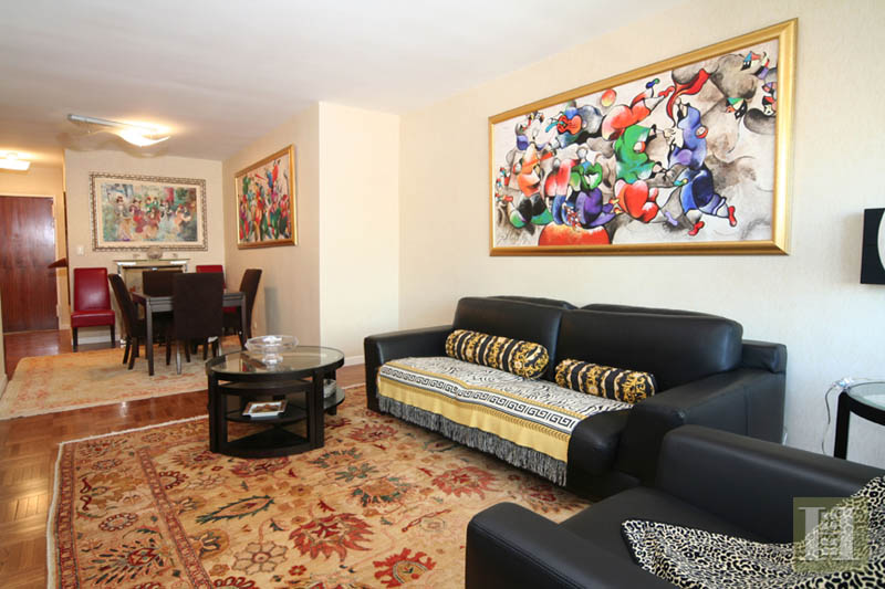 303 East 57th Street 15h, Midtown East, NYC, 10022, $520,000, Sold Property, Halstead Real Estate, Photo 2