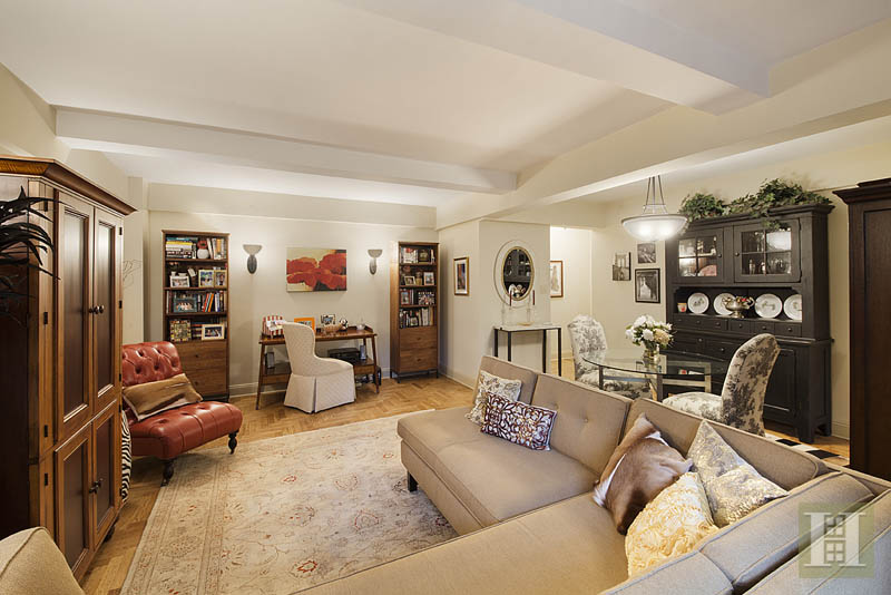 330 East 79th Street 4g, Upper East Side, NYC, 10075, $1,099,000, Sold Property, Halstead Real Estate, Photo 2