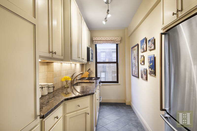 330 East 79th Street 4g, Upper East Side, NYC, 10075, $1,099,000, Sold Property, Halstead Real Estate, Photo 3