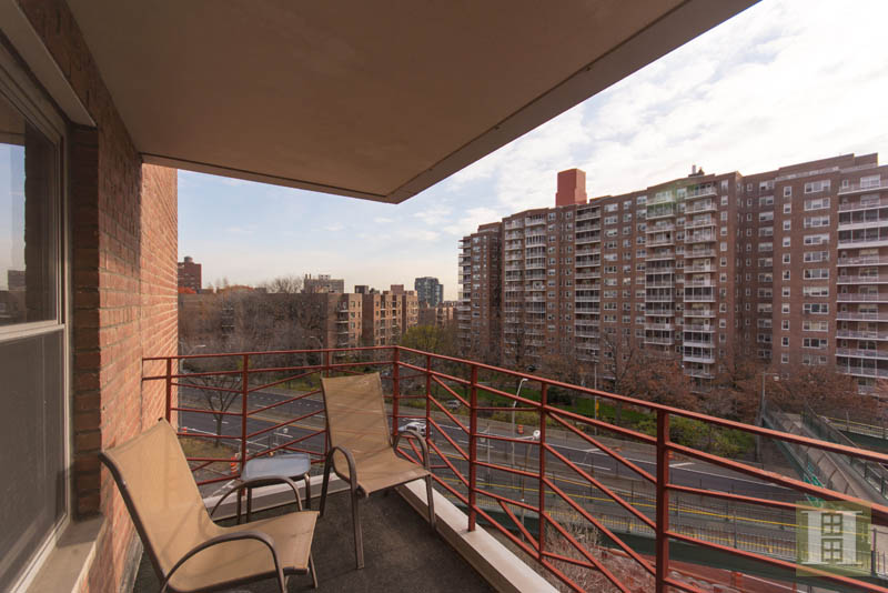 3515 Henry Hudson Parkway 6d, Riverdale, New York, 10463, $445,000, Sold Property, Halstead Real Estate, Photo 7
