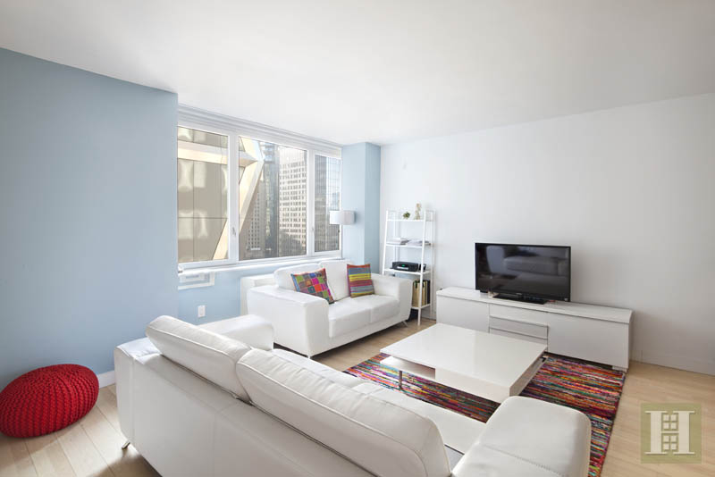322 West 57th Street, Midtown West, NYC, $3,500, Web #: 13977086