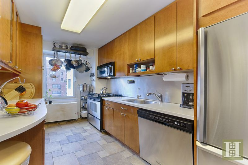 303 East 57th Street 9j, Midtown East, NYC, 10022, $745,000, Sold Property, Halstead Real Estate, Photo 2