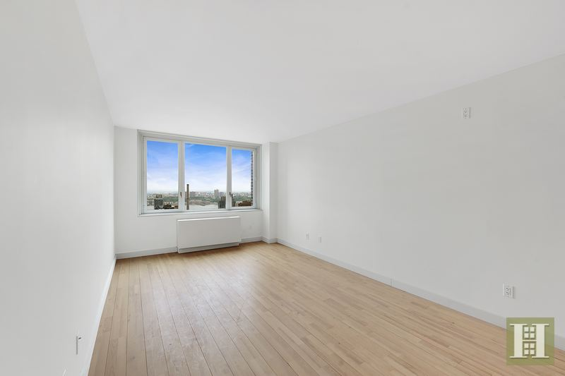 322 West 57th Street, Midtown West, NYC, $8,400, Web #: 14348409