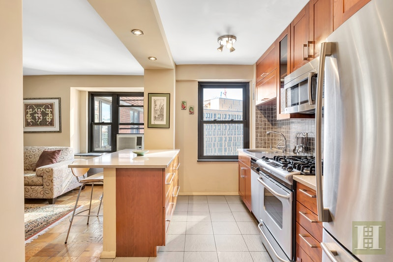 417 Grand Street, Lower East Side, NYC, $780,000, Web #: 1436876