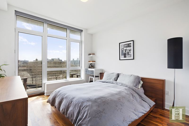 84 Engert Avenue 4b, Greenpoint, Brooklyn, NY, 11222, $1,100,000, Sold Property, Halstead Real Estate, Photo 4