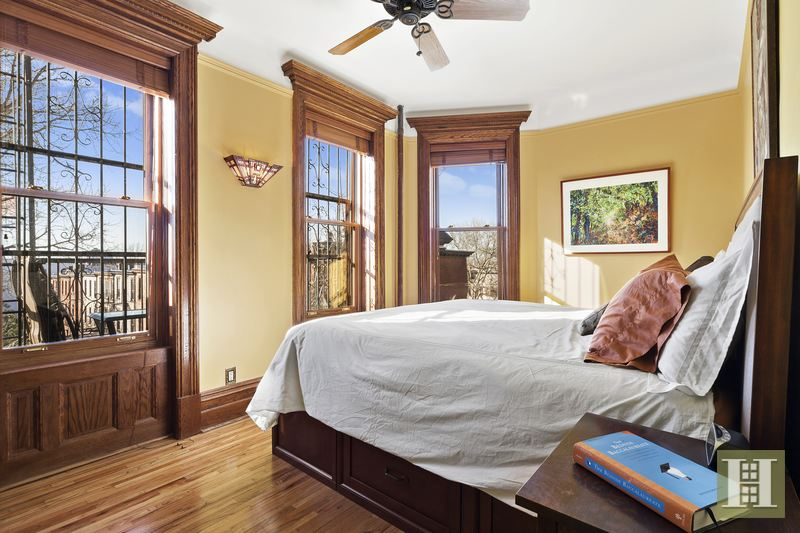 Two Bedroom Center Slope On Park, Park Slope, Brooklyn, NY, 11215, $1,075,000, Sold Property, Halstead Real Estate, Photo 4
