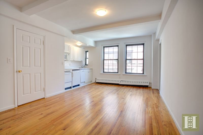 17 Park Avenue 403, Midtown East, NYC, $2,200, Web #: 14621050