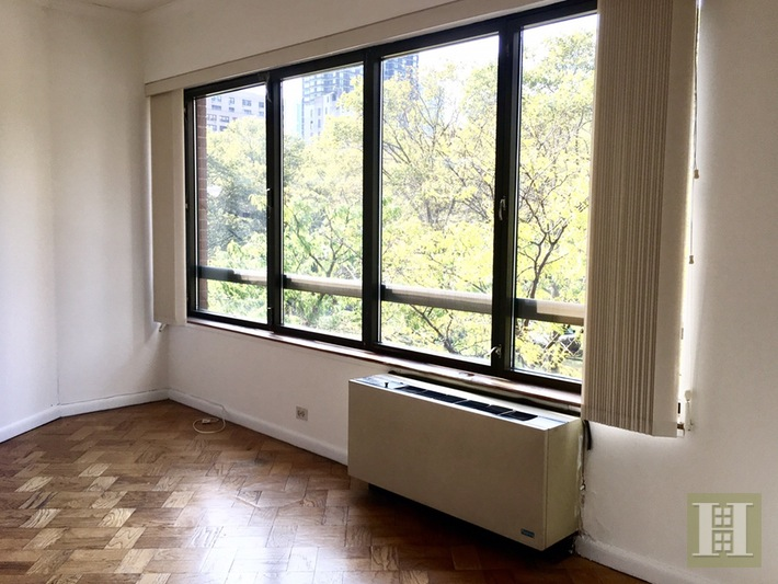 630 First Avenue 4L, Midtown East, NYC, $4,000, Web #: 14758595