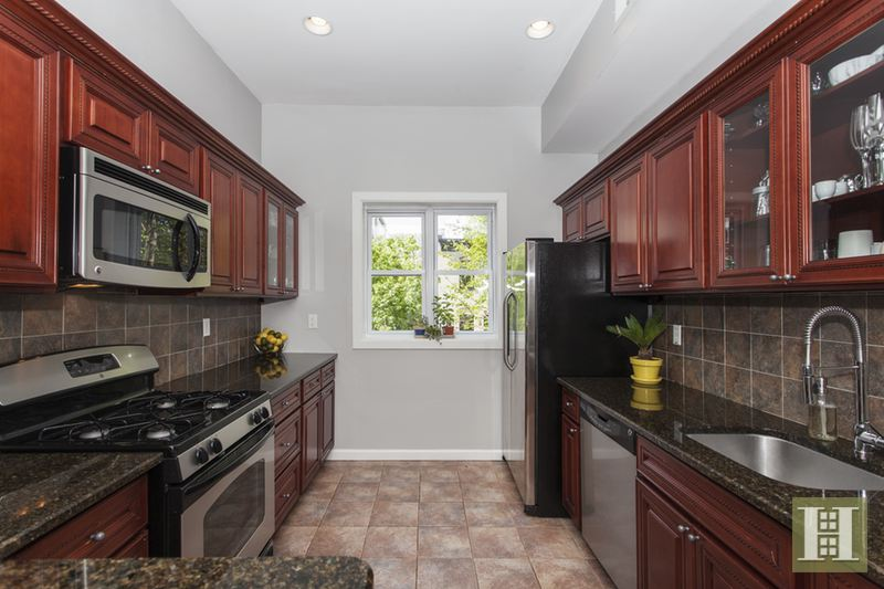 21 Magnolia Avenue, Jersey City, Journal Square, New Jersey, 07306, $799,900, Sold Property, Halstead Real Estate, Photo 5