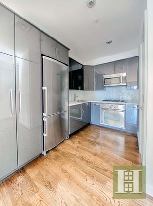 210 East 35th Street 6B, Murray Hill Kips Bay, NYC, $3,750, Web #: 14800814