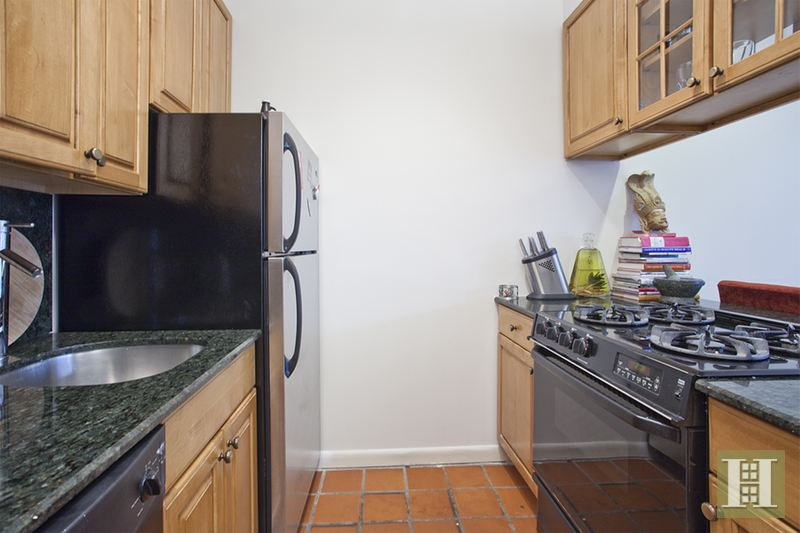 117 West 82nd Street 2, Upper West Side, NYC, $4,500, Web #: 14812132