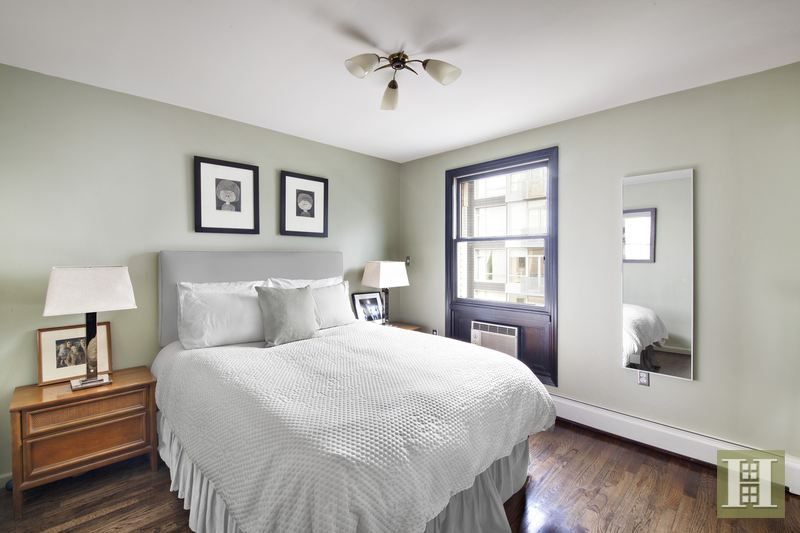 217 North 11th Street Ph, Brooklyn, Brooklyn, NY, 11211, $1,950,000, Sold Property, Halstead Real Estate, Photo 4