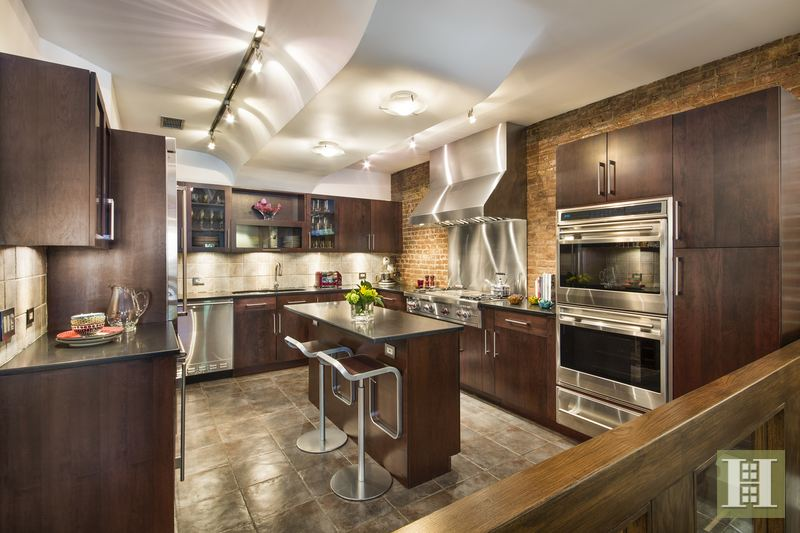 146 West 74th Street 1, Upper West Side, NYC, $2,200,000, Web #: 14853351