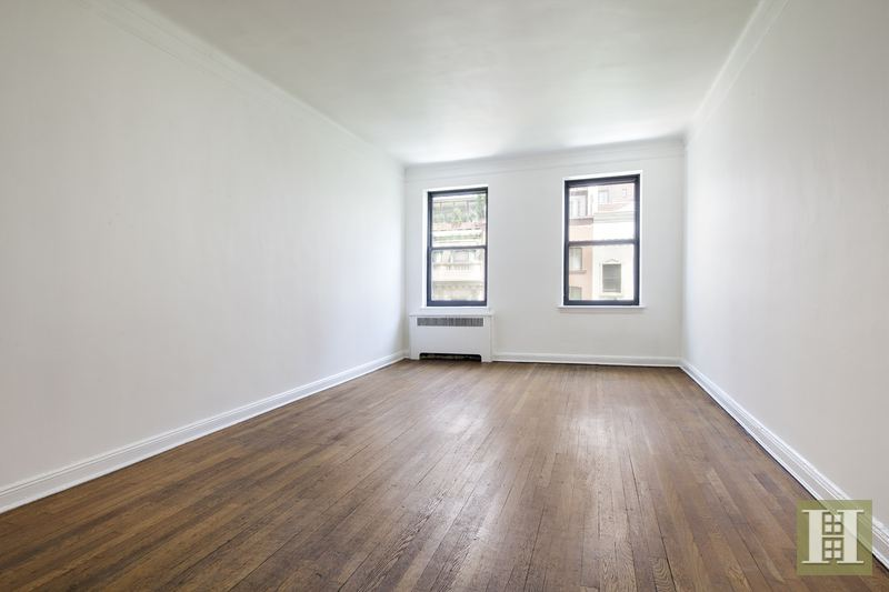 104 East 37th Street 5c, Midtown East, NYC, 10016, $499,000, Sold Property, Halstead Real Estate, Photo 2