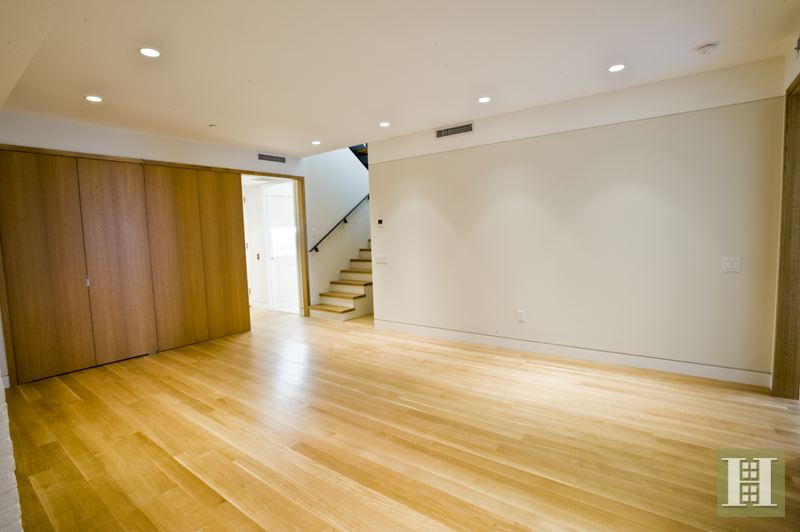 Prime 4br Soho Loft, Soho, NYC, 10012, $17,500, Rented Property, Halstead Real Estate, Photo 6