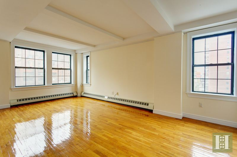 17 Park Avenue 201, Midtown East, NYC, $5,950, Web #: 14964515