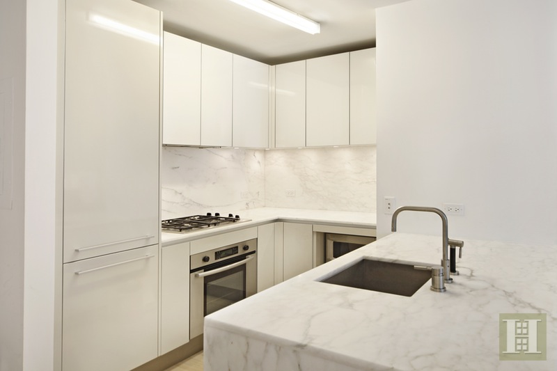 322 West 57th Street, Midtown West, NYC, $3,500, Web #: 14987219