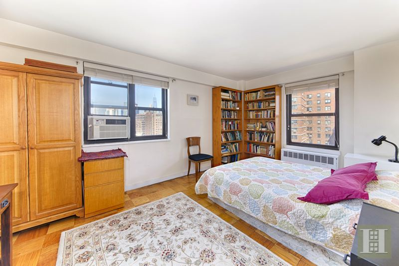 264 East Broadway, Lower East Side, NYC, 10002, $759,000, Sold Property, Halstead Real Estate, Photo 4