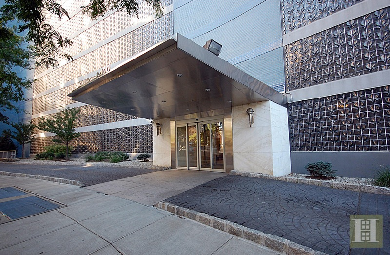 Sponsor Apt No Board APPROVAL-VIEWS, Riverdale, New York, 10463, $325,000, Sold Property, Halstead Real Estate, Photo 1