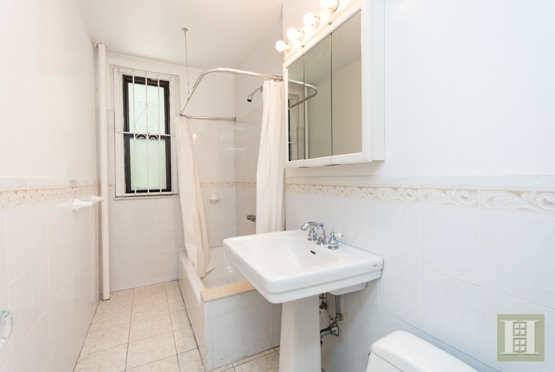115 Cabrini Blvd B32, Upper Manhattan, NYC, 10033, $525,000, Sold Property, Halstead Real Estate, Photo 7