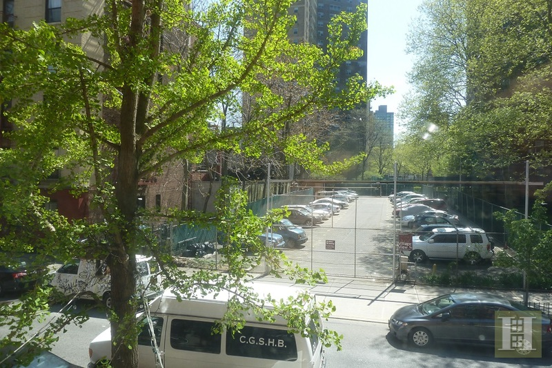 439 East 6th Street 4F, East Village, NYC, $2,500, Web #: 15394736