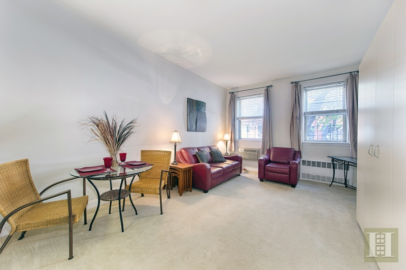 330 East 83rd Street Lk, Upper East Side, NYC, 10028, $319,000, Sold Property, Halstead Real Estate, Photo 3