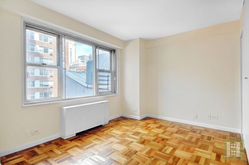137 East 36th Street 7d, Murray Hill Kips Bay, NYC, 10016, $599,000, Sold Property, Halstead Real Estate, Photo 5