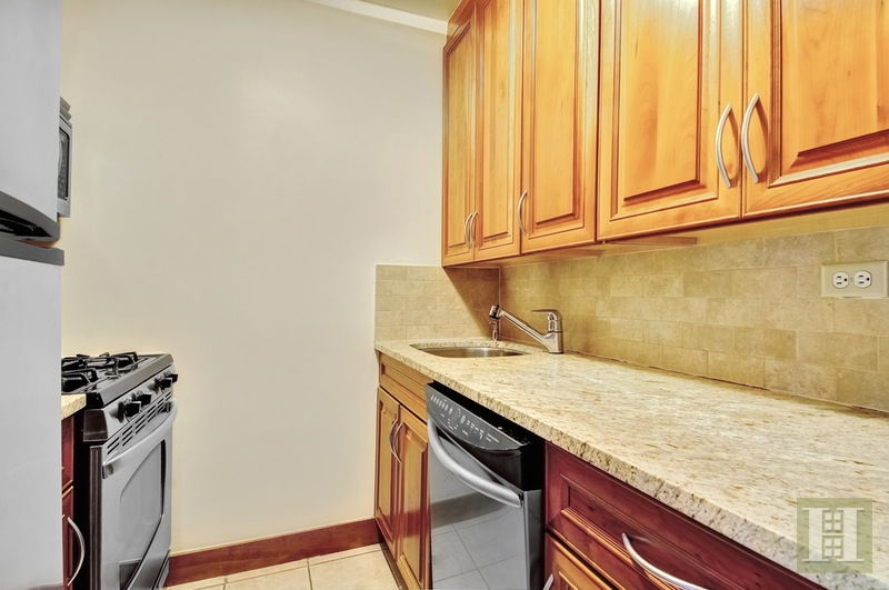 137 East 36th Street 7d, Murray Hill Kips Bay, NYC, 10016, $599,000, Sold Property, Halstead Real Estate, Photo 6