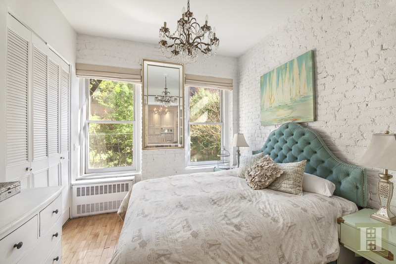 77 Perry Street  2b, West Village, NYC, 10014, $725,000, Sold Property, ID# 15409316, Halstead