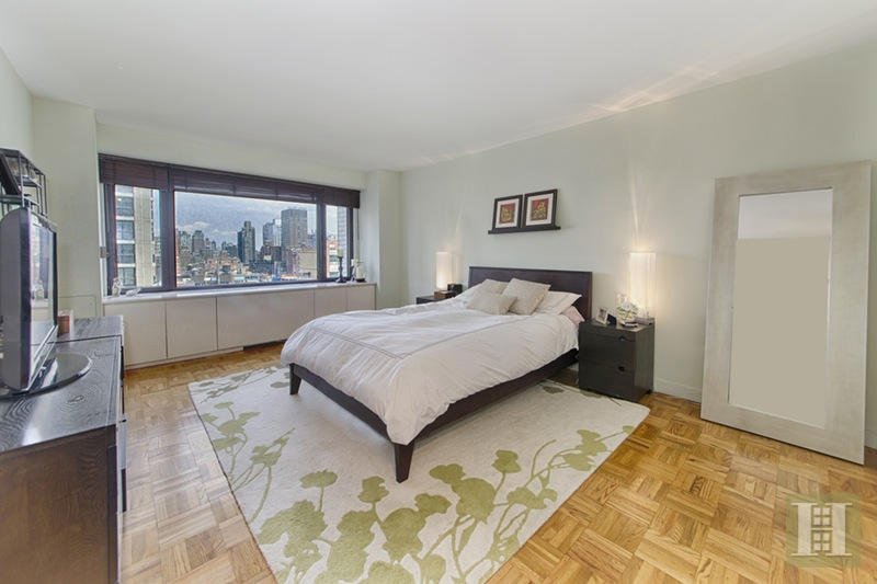 303 East 57th Street 15j, Midtown East, NYC, 10022, $725,000, Sold Property, Halstead Real Estate, Photo 5
