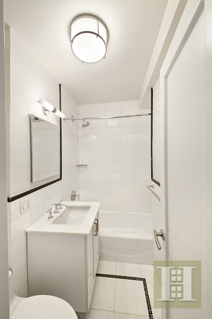 340 East 52nd Street 4h, Midtown East, NYC, 10022, Price Not Disclosed, Rented Property, Halstead Real Estate, Photo 4