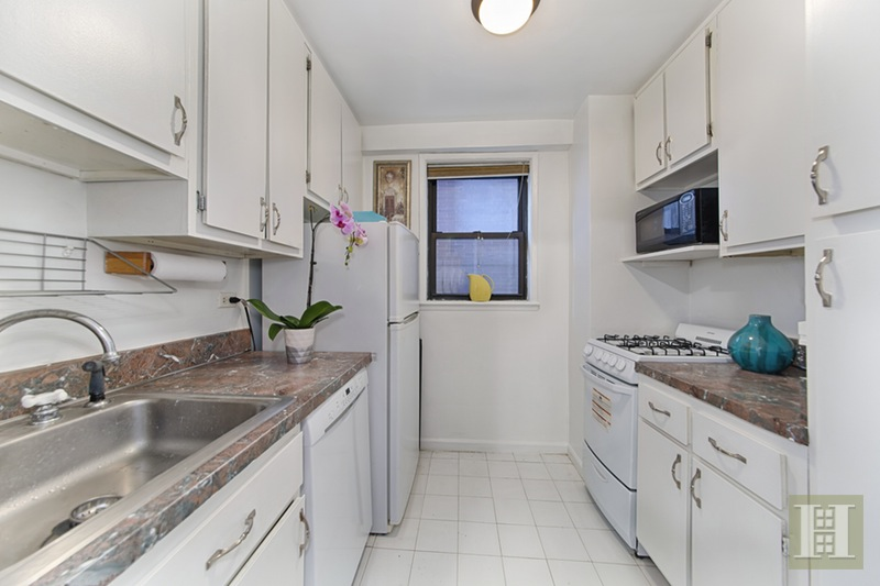 330 Third Avenue 2J, Gramercy Park, NYC, $2,850, Web #: 15662155