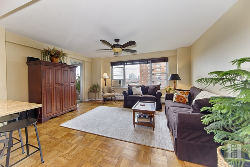 572 Grand Street, Lower East Side, NYC, 10002, $875,000, Sold Property, Halstead Real Estate, Photo 2