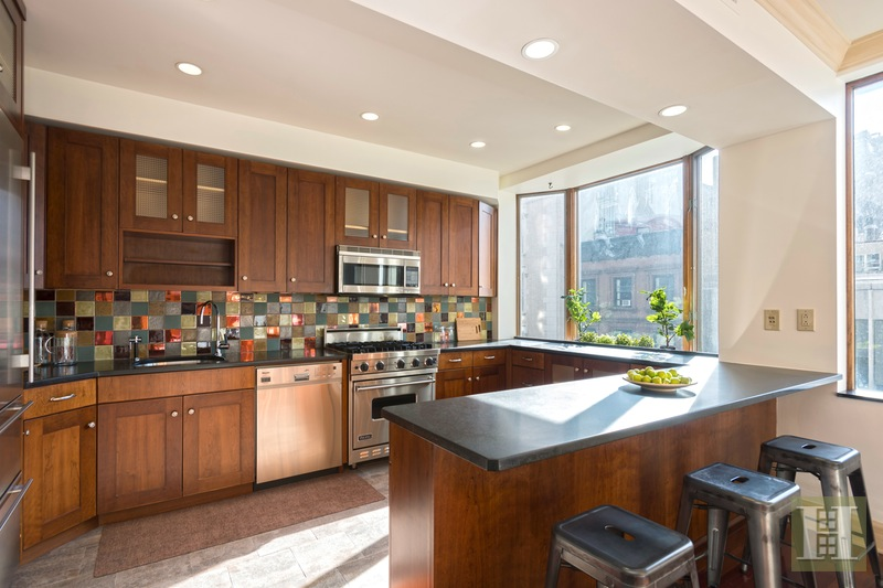 117 East 18th Street 4, Gramercy Park, NYC, 10003, $2,575,000, Sold Property, Halstead Real Estate, Photo 2