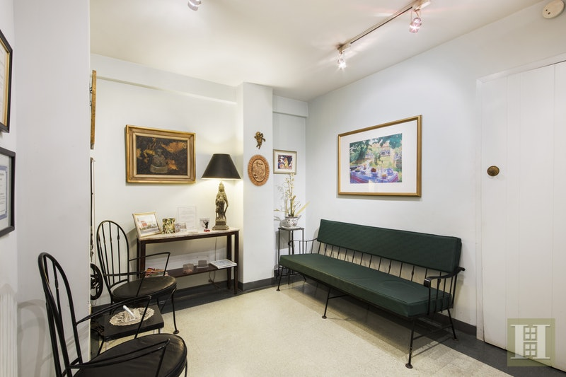347 EAST 53RD STREET, Midtown East, $475,000, Web #: 15953280