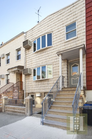 200 Ainslie Street, Brooklyn, Brooklyn, NY, 11211, $1,435,000, Sold Property, Halstead Real Estate, Photo 2