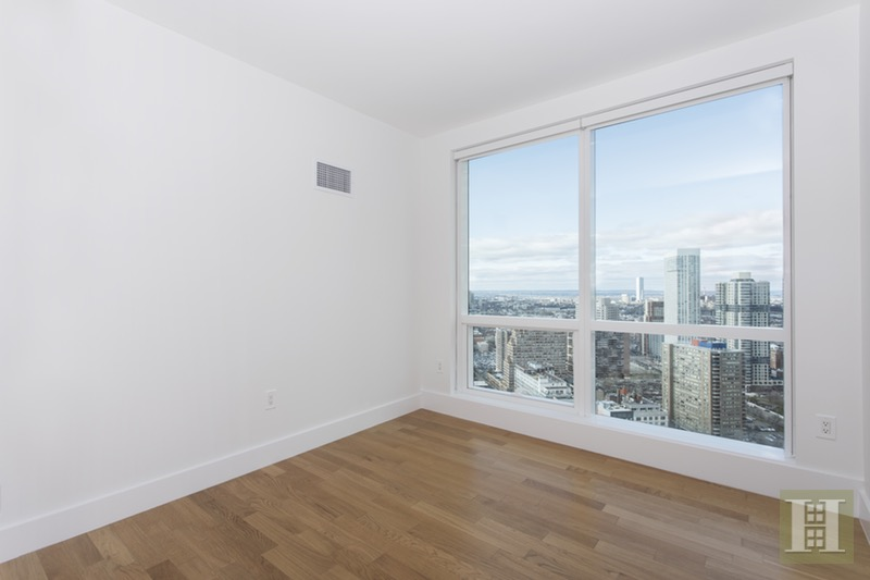 77 Hudson St 3503, Jersey City Downtown, New Jersey, 07302, $1,650,000, Sold Property, Halstead Real Estate, Photo 11