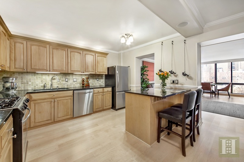 303 East 49th Street 5, Midtown East, NYC, 10022, $1,390,000, Sold Property, Halstead Real Estate, Photo 2