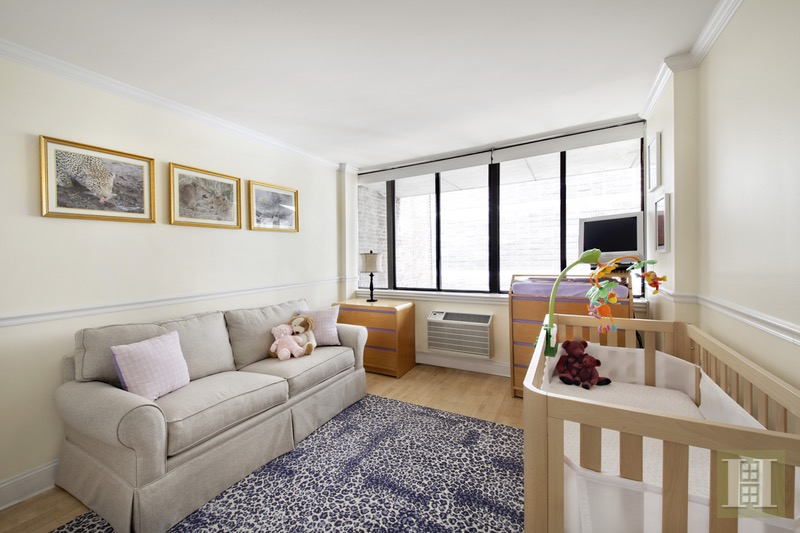 303 East 49th Street 5, Midtown East, NYC, 10022, $1,390,000, Sold Property, Halstead Real Estate, Photo 4