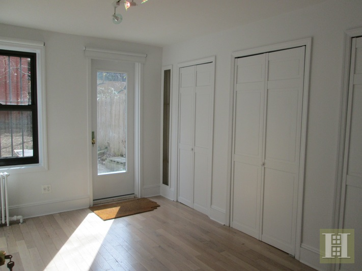 Pristine North Slope Garden Apartment, Park Slope, Brooklyn, NY, $3,800, Web #: 16298848