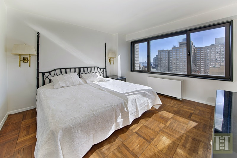 303 East 57th Street 24c, Midtown East, NYC, 10022, $465,000, Sold Property, Halstead Real Estate, Photo 7