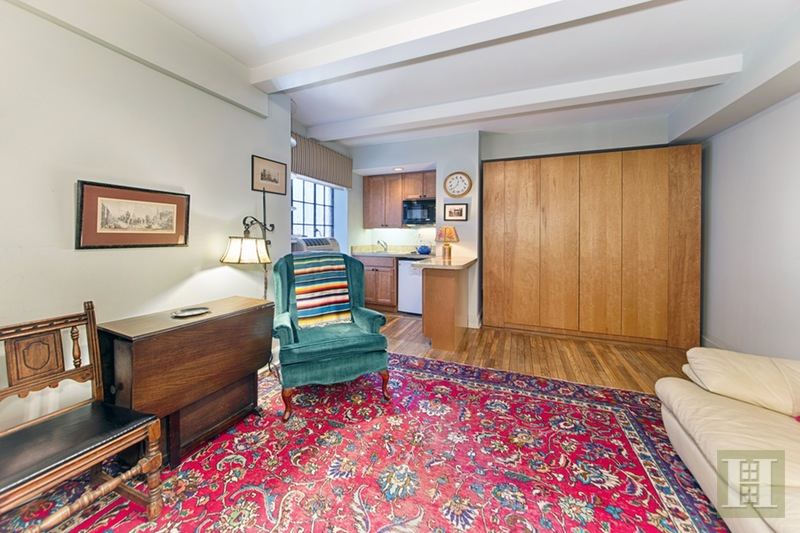45 Tudor City Place 1006, Murray Hill Kips Bay, NYC, $300,000, Web #: 16389522